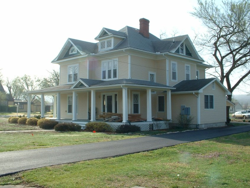 The New House in Mound City Kansas